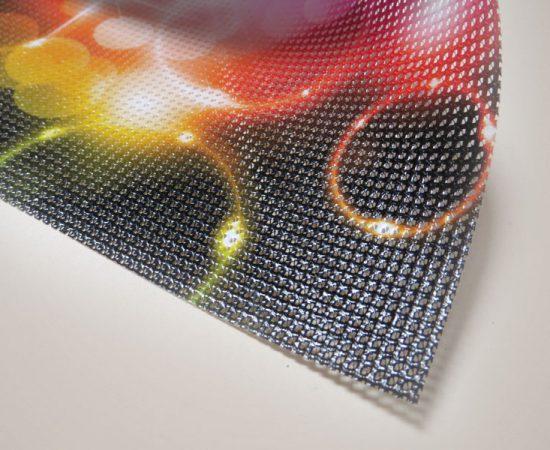 stampa su mesh microforato